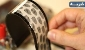 مو-شی چین اولین گوشی انعطافپذیر سیاه-سفید را ساخت / عکس