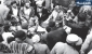 تصویری از حضور رهبر انقلاب در روستای «سر آقا سیّد»